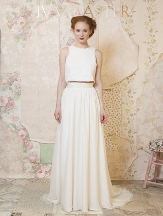 ivy-aster-sleeveless-waterlily-top-with-long-garland-skirt