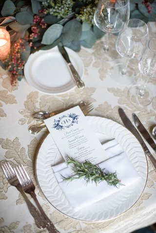 wedding-reception-gold-textured-embroidery-linens-blue-flower-print-monogram-menu-card-napkin-sprig