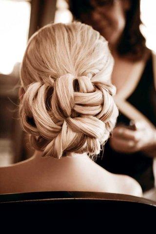bride-wedding-hair-with-woven-braided-updo-bun