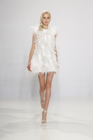 christian-siriano-for-kleinfeld-bridal-mini-wedding-dress-with-feather-appliques-minidress