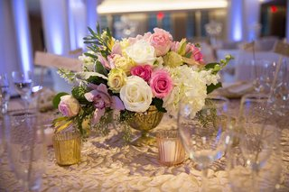 wedding-reception-table-textured-tablecloth-gilded-urn-with-pink-white-roses-hydrangeas-orchid