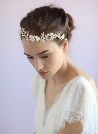 wavy-headpiece-with-flower-and-leaf-design-twigs-and-honey