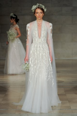 reem-acra-fall-2018-halter-neck-embroidered-gown-and-jacket