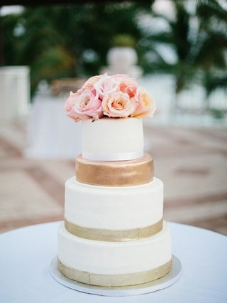 gold-white-and-pink-wedding-cake-flower-cake