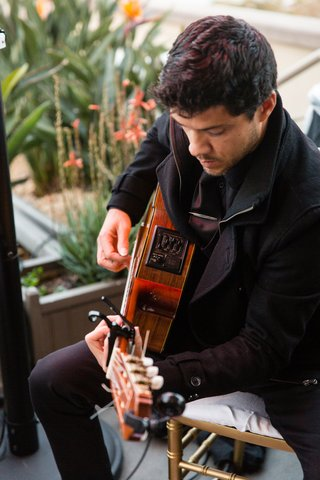 wedding-ceremony-cocktail-hour-musician-acoustic-guitarist-amplifier-california-wedding