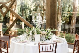 calamigos-ranch-oak-room-wedding-rustic-space-with-large-windows-for-wedding