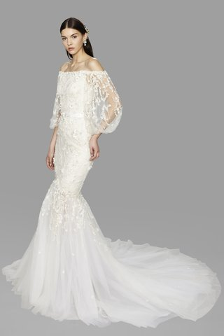 look-11-marchesa-fall-2017-ivory-off-the-shoulder-fit-flare-tulle-floral-embroidery-flowing-sleeves