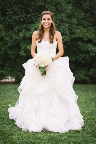 vera-wang-ball-gown-with-ruffles-and-strapless-neckline