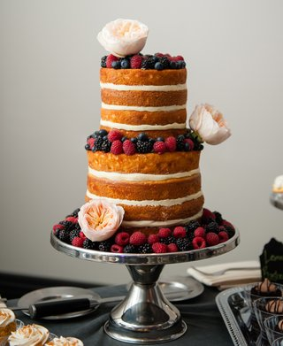 naked-wedding-cake-with-raspberries-and-blackberries
