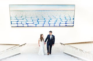 wedding-portrait-at-art-institute-of-chicago-wedding-bride-and-groom-romona-keveza