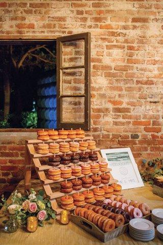 wedding-reception-brick-building-courtyard-doughnut-desserts