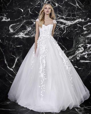 victoria-kyriakides-spring-2018-lauren-ball-gown-full-tulle-skirt-vine-details-bodice-capped-sleeves