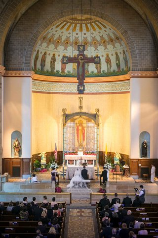couple-marrying-roman-catholic-church-st-boniface-catholic-church-pittsburgh-traditional-religious