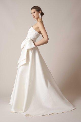 sachin-babi-spring-summer-2017-debut-bridal-collection-strapless-wedding-dress-bow-sash-buttons