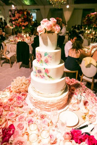 wedding-cake-with-ruffle-layers-and-watercolor-design-tier-fresh-roses-on-top