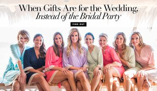wedding-gifts-vs-bridesmaid-gifts-on-the-wedding-day