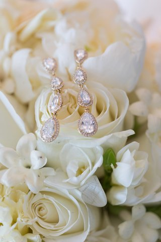 pear-shaped-crystals-with-halo-earrings-nadri-earrings-for-wedding