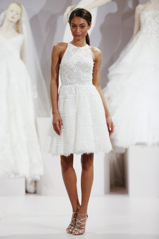 tony-ward-daniella-short-wedding-dress-with-halter-neckline
