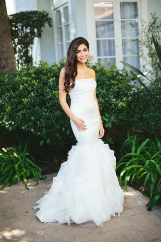 strapless-mermaid-style-gown-hair-down-bride-at-fairmont-miramar-hotel
