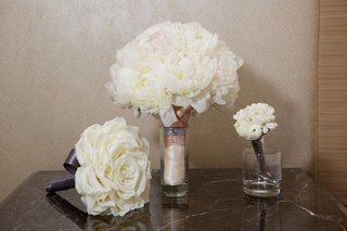 bouquet-of-white-peonies-white-glamelia-rose-bouquet-and-small-white-bouquet