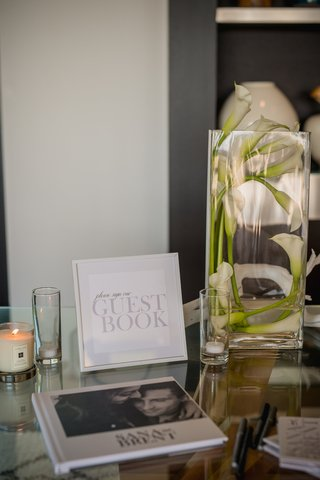white-and-black-modern-guest-book