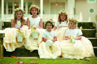 pale-yellow-flower-girl-crown-and-attire