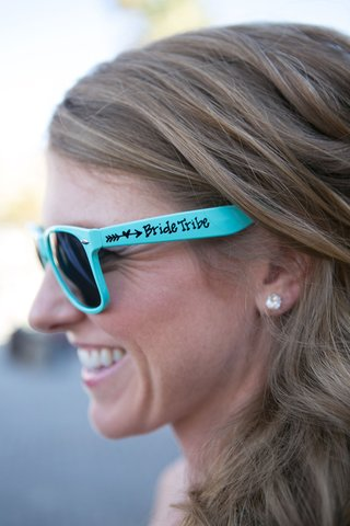 bridesmaid-with-baby-blue-sunglasses