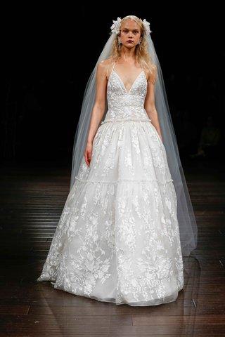 naeem-khan-bridal-fall-2017-kenya-wedding-dress-ball-gown-skirt-v-neck-embroidered-halter-bodice