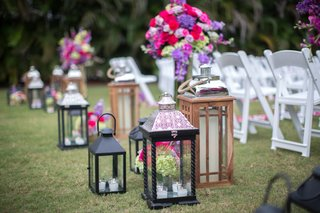 entrance-of-indian-ceremony-with-intricate-lantern-black-lantern-wooden-lantern-candles