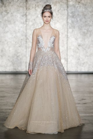 inbal-dror-fall-2018-long-sleeve-v-neck-sequined-golden-tulle-ball-gown