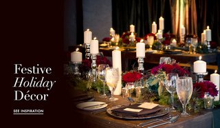 festive-christmas-and-holiday-theme-wedding-decor