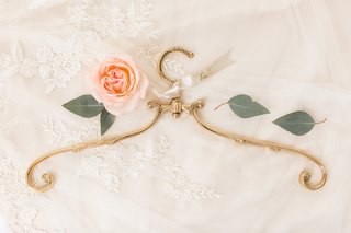 bride-hanger-wedding-getting-ready-filigree-antique-inspired-gold-hanger-clothing-wedding-gift-ideas