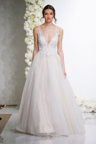 morilee-by-madeline-gardner-endless-love-wedding-dress-leonita-ball-gown-tulle-skirt-lace-v-neck