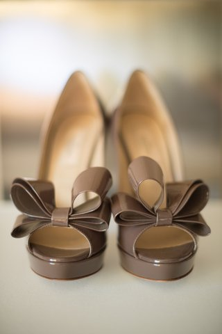 peep-toe-wedding-heels-with-double-bow