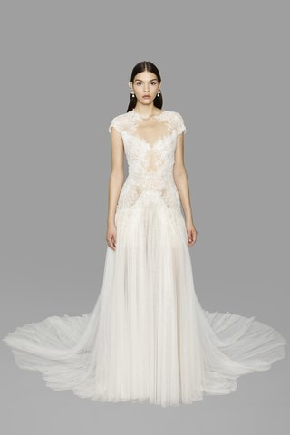 look-6-marchesa-fall-2017-ivory-nude-grecian-tulle-overlay-re-embroidered-lace-cap-sleeves