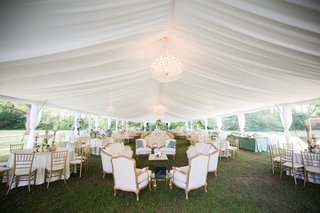 wedding-garden-party-tented-reception-with-lounge-area