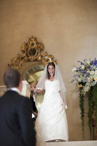 bride-in-a-romona-keveza-dress-and-veil-at-the-plaza-hotel