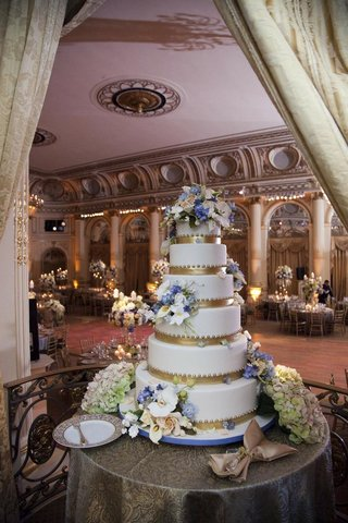 ron-ben-israel-wedding-cake-with-gold-bands-beading-and-fresh-flowers