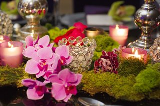 bling-candle-votive-with-orchid-and-moss
