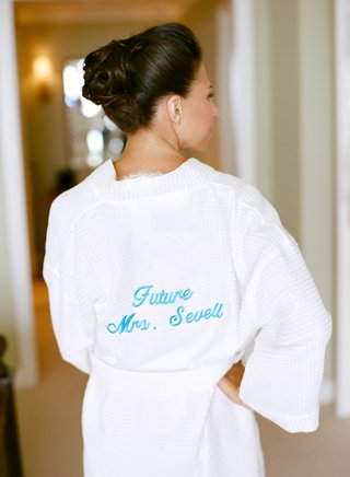 bride-wearing-plush-robe-with-blue-personalization