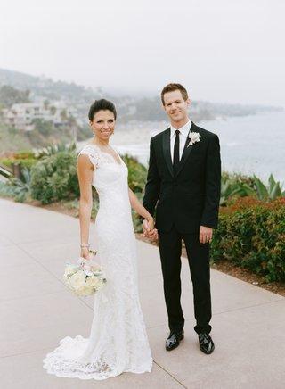 monique-lhuillier-bridal-gown-and-ivory-bouquet