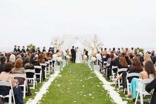 alfresco-wedding-with-petal-lined-aisle