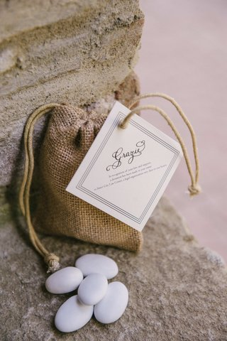 tiny-burlap-bag-with-candy-coated-almonds-and-grazie-tag