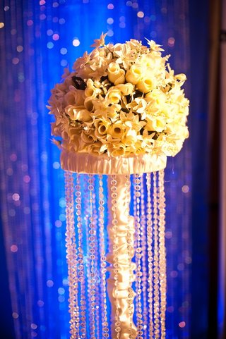blue-lighting-and-crystal-strands-on-flower-stand