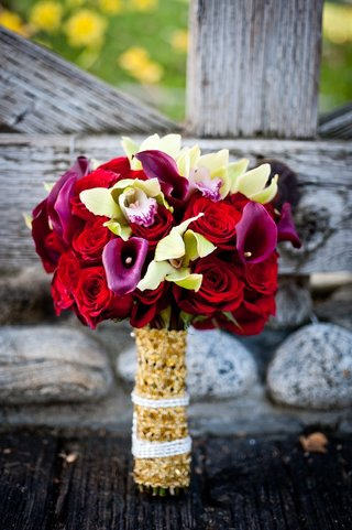 indian-bridal-flowers-and-bouquet-wrap