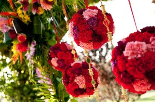 indian-ceremony-decorations-and-flower-balls