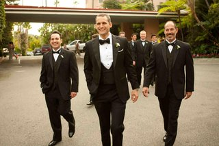 beverly-hills-hotel-groomsmen-with-bow-ties