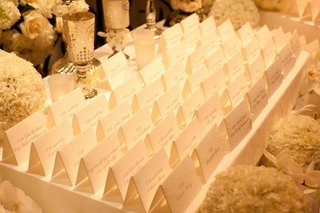 escort-cards-with-embossed-details-and-calligraphy