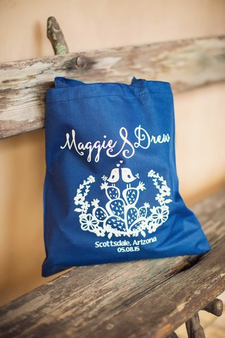 royal-blue-tote-bag-with-white-motif-scottsdale-arizona-wedding-prickly-pear-love-bird-drawing