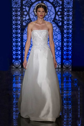reem-acra-bridal-fall-2016-strapless-a-line-wedding-dress-with-embroidered-bodice